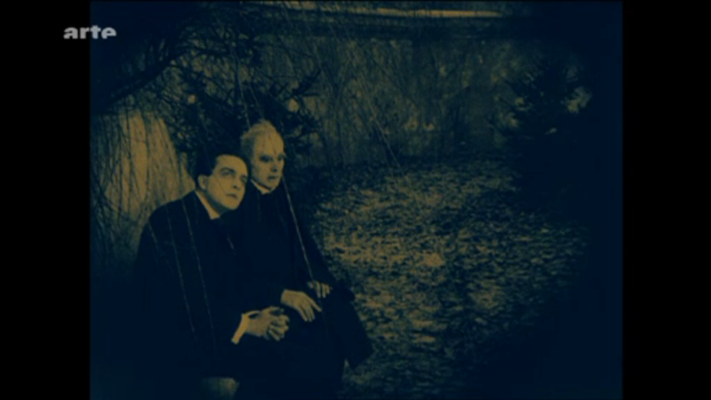 Still of the courtyard scene in The Cabinet of Dr Caligari