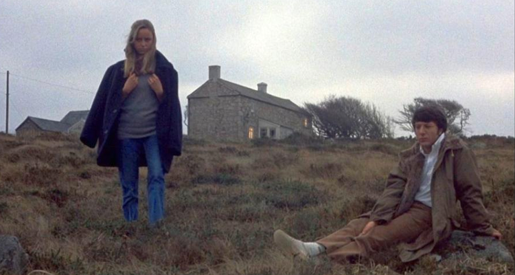 David and Amy outside their countryside farmhouse in Straw Dogs.